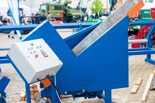 Полуавтоматический торцовочный станок МТС-500